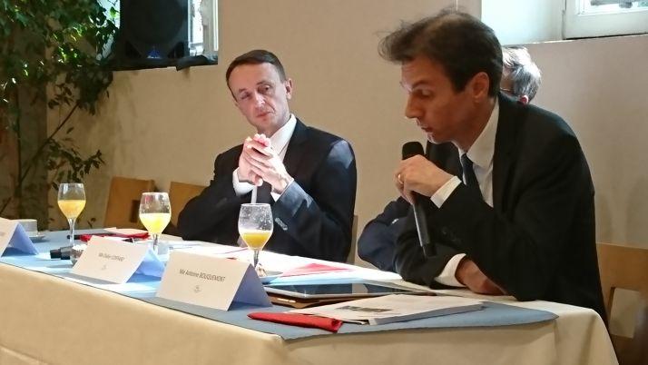 A gauche Me Emmanuel Clerget, notaire à la Charité-sur-Loire et président du 114ème congrès des notaires, à gauche Me Bouquemont, notaire à Reims
