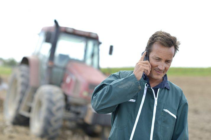 Le collectif Ici la Terre lance « Un agriculteur dans votre répertoire téléphonique » Photo : goodluz