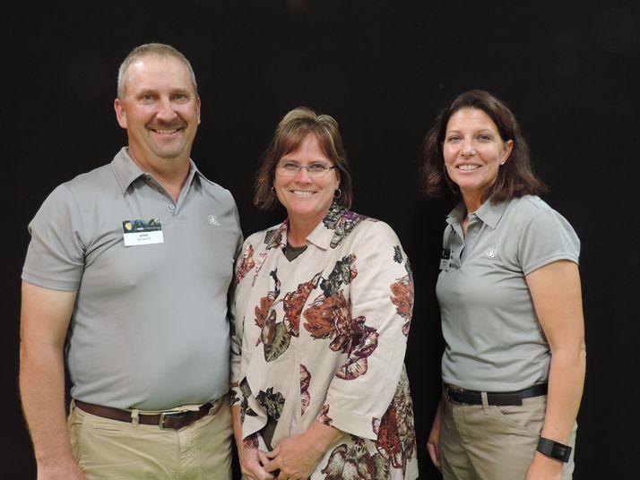 Jay Drozd, accompagné de son épouse et de Karen Zuver, sa conseillère technique Pioneer. (c) Pixel Image