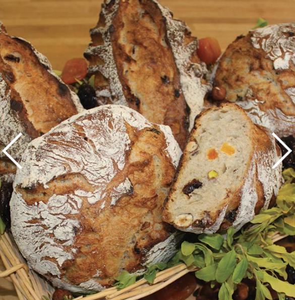 Le meunier Foricher fournit de la farine 100 % blés CRC® à des boulangers qui approvisionnent des cantines scolaires.