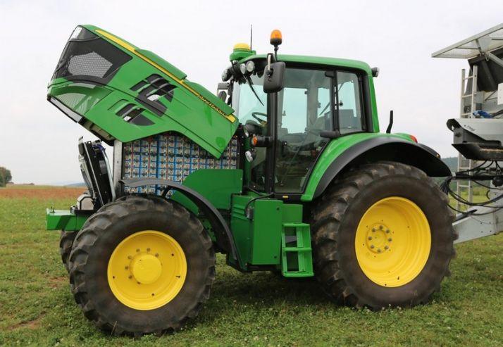 Un tracteur tout électrique récompensé chez John Deere. Photo: John Deere