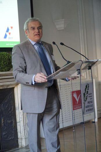 Michel Dantin, député européen représentait François Fillon pour le parti Les Républicains.
