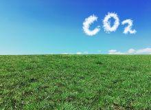 Le prix de la tonne de CO2 pourrait devenir une belle manne financière pour l'agriculture si elle se donne les moyens de devenir une véritable solution au carbone. © TeamDaf/Adobe Stock
