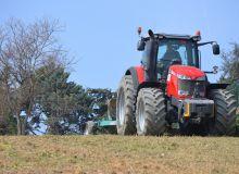 Jusqu'à 70 km/h pour l'Agrimax Sirio de BKT