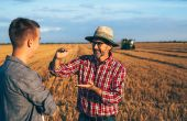 Des formations gratuites en ligne pour bien expliquer son métier d'agriculteur. ©Cherryandbees/Adobe Stock