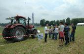 Les participants ont pu découvrir les trois axes de travail du groupe d'Aucy sur l'agriculture de précision rebaptisée ID'Pix. Photo : D. Bodiou/Pixel image