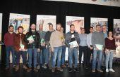 """Les gagnants de l'édition 2018 du concours """"sors tes couverts"""" et les membres du jury. Crédit FDSEA 51"""