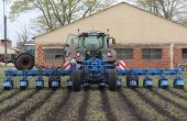 Du carbure pour le strip-till de Carré. Photo: Carré